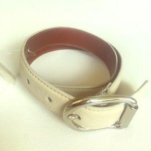 Coach NWT stone leather belt